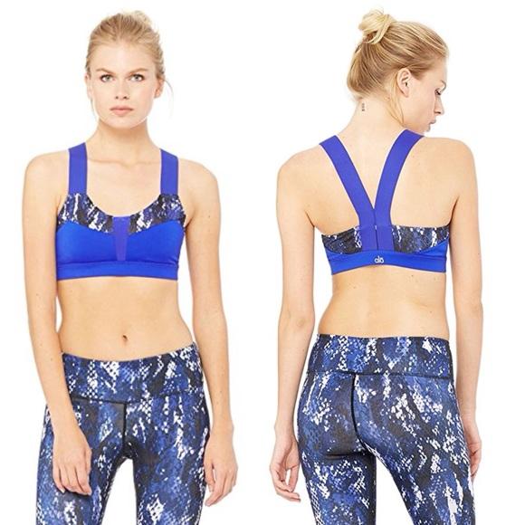 374487f354092 ALO Yoga Other - Alo Yoga Blue Snakeskin Sports Bra Small